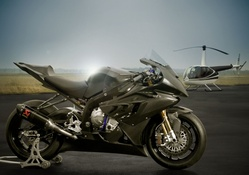 BMW S1000RR and Helicopter