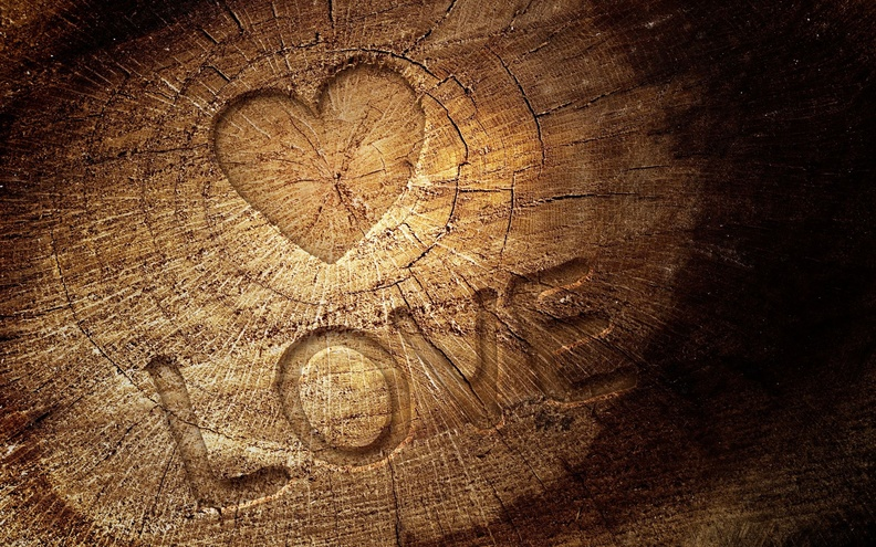 Love_Quote_On_Wood_HD.jpg