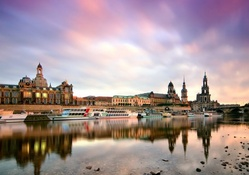 the elbe river in dresden germany