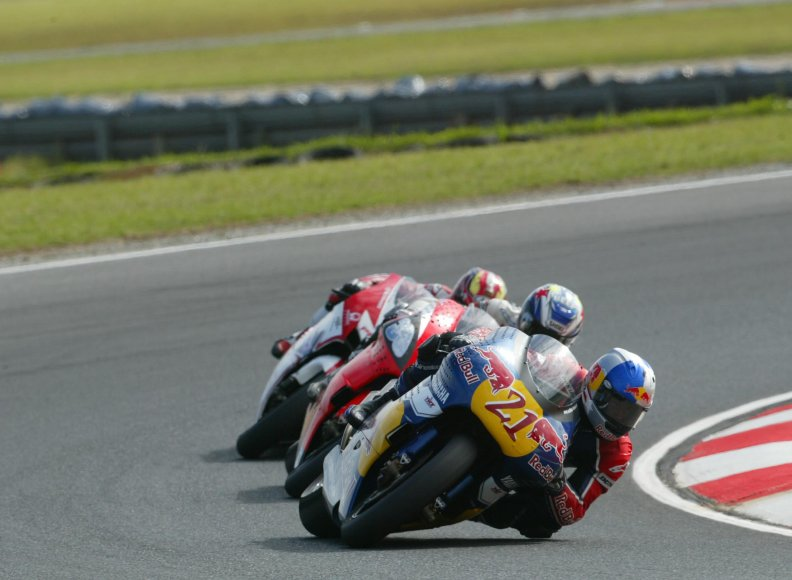 moto_gp_racing_phillip_island.jpg