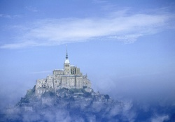 monastery of Mont Saint_Michel in the fog