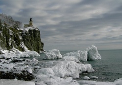 split rock lighthouse in winter