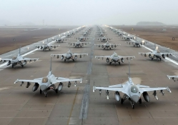 a squadron of F_16 fighting falcons