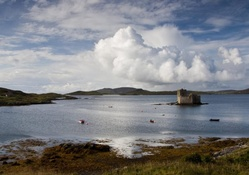 kisimul castle in scotland