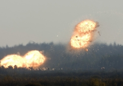 Bombs explode (u can see shockwave)