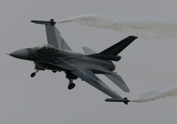 F_16 Fighting Falcon