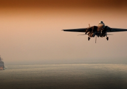 F_14 Tomcat Evening Landing