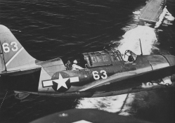 Helldiver sb2c_1c on approach