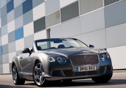 Car Wallpaper Bentley Wallpapers Download Hd Wallpapers And Free