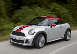 mini coupe production speed