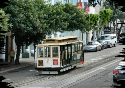 Hyde Street Cable Car f