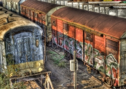 train graveyard hdr