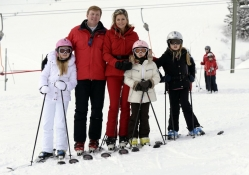 King Willem Alexander, Queen Maxima and Princesses Amalia, Alexia and Ariane