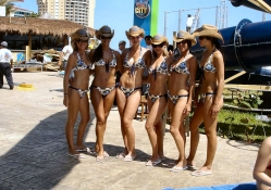Cancun Cowgirls