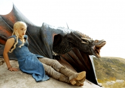 Game of Thrones _ Daenerys and Drogon
