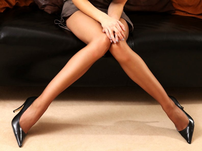 раздвигаются ноги фото