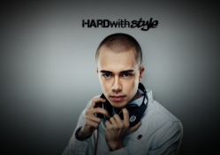 Headhunterz Presents : Hard With Style