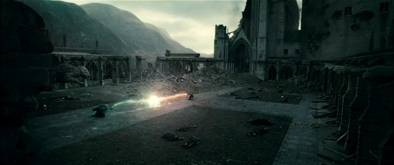 harry_vs_voldemort_deathly_hallows.jpg