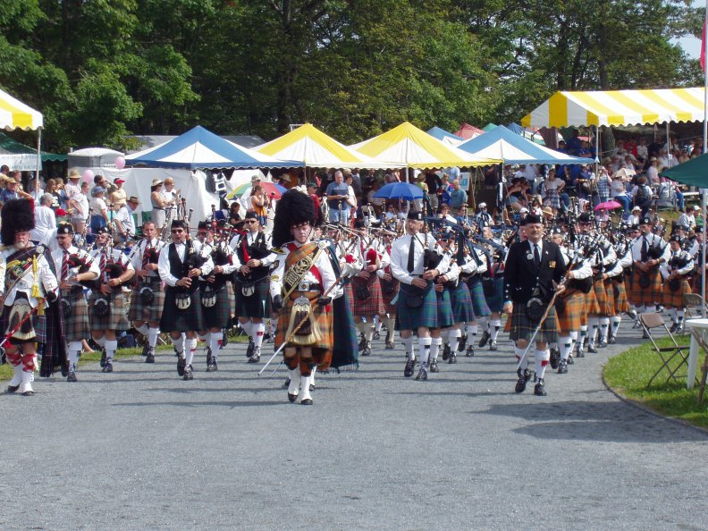 the_highland_games_parade.jpg