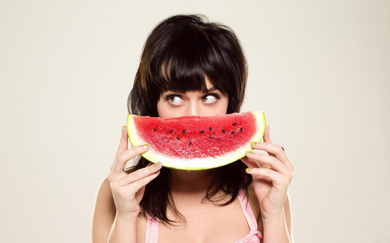 katy_perry_watermelon.jpg