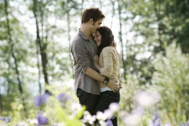 meadow_edward_n_bella.jpg
