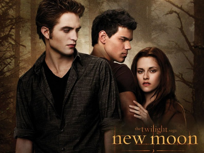 new_mooon_twilight_saga.jpg