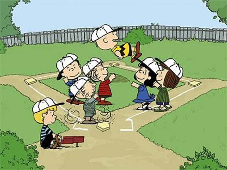 charlie_brown_and_friends_in_baseball_game.jpg