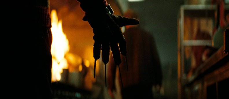 nightmare_on_elm_street_the_glove.jpg
