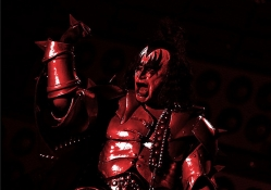 Bloody Gene of Kiss