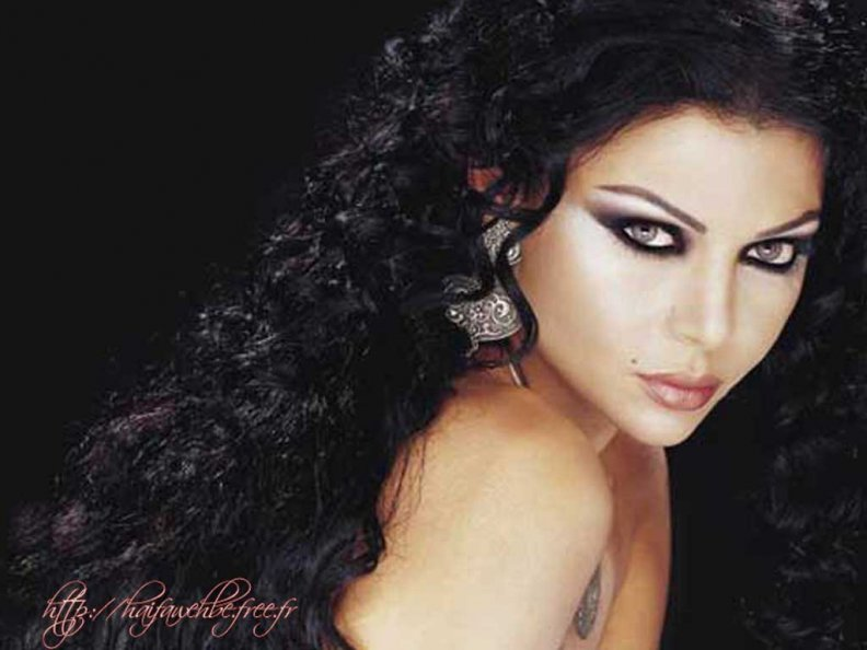 haifa_wehbe_wallpapers_06.jpg