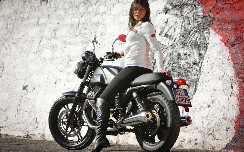 Moto Guzzi V7 Download HD Wallpapers And Free Images
