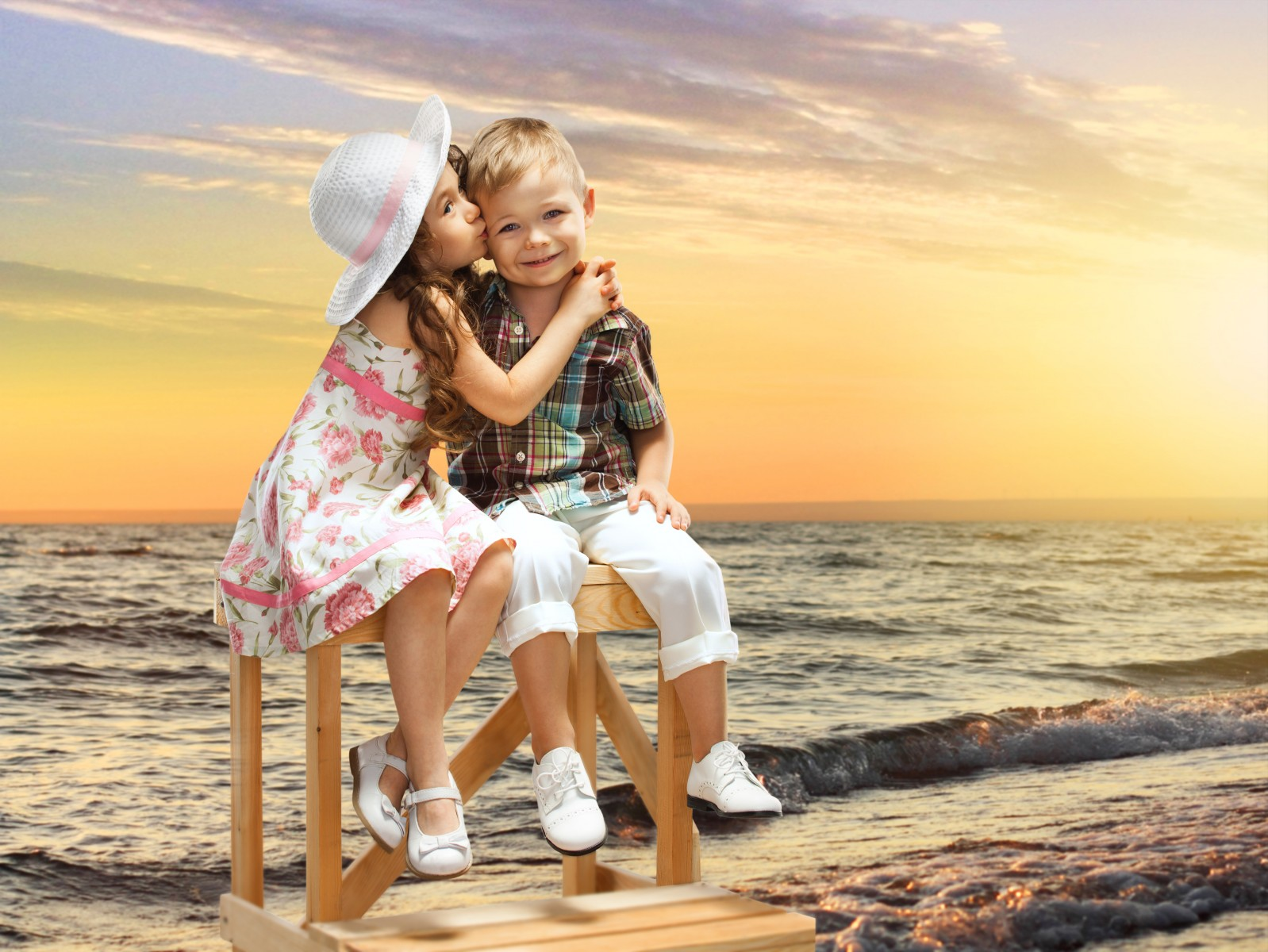 Wallpaper hd girl and boy impremedia friendship download hd wallpapers and free images thecheapjerseys Images