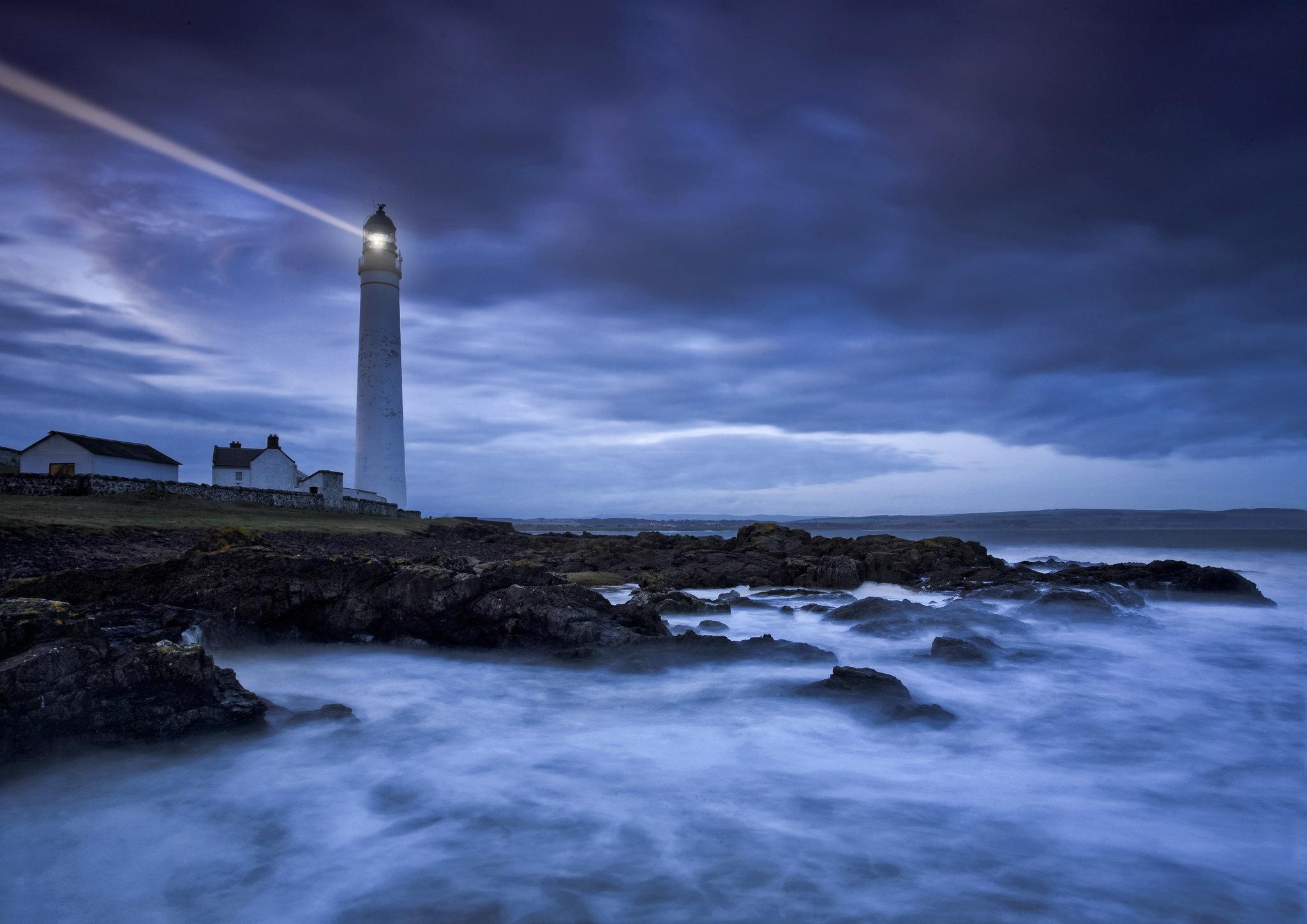Как сделать светящий маяк
