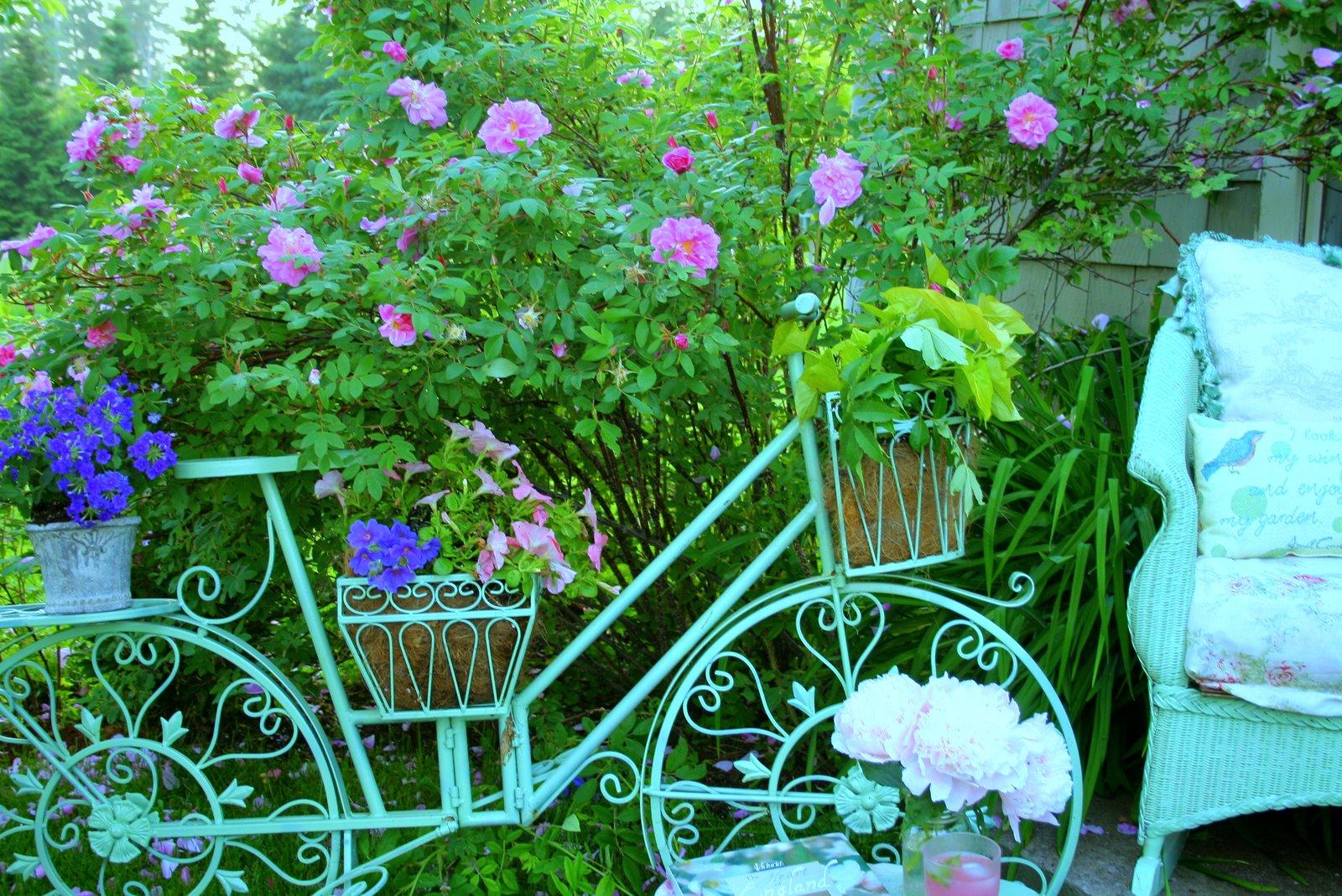 Украшаем сад своими руками 32