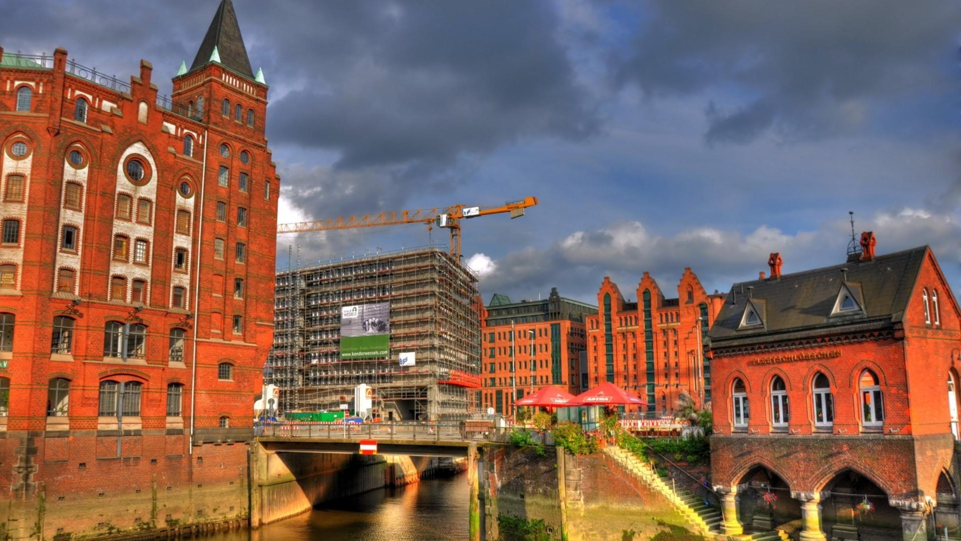hamburg germany Hamburg tourism: tripadvisor has 3,45,146 reviews of hamburg hotels, attractions, and restaurants making it your best hamburg tourism resource.