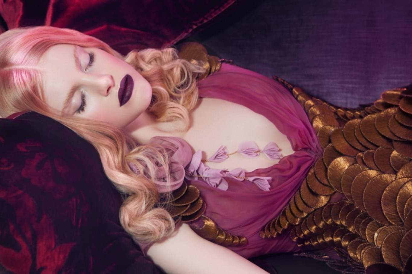 Игра Спящая красавица: макияж (Sleeping beauty makeover) 71
